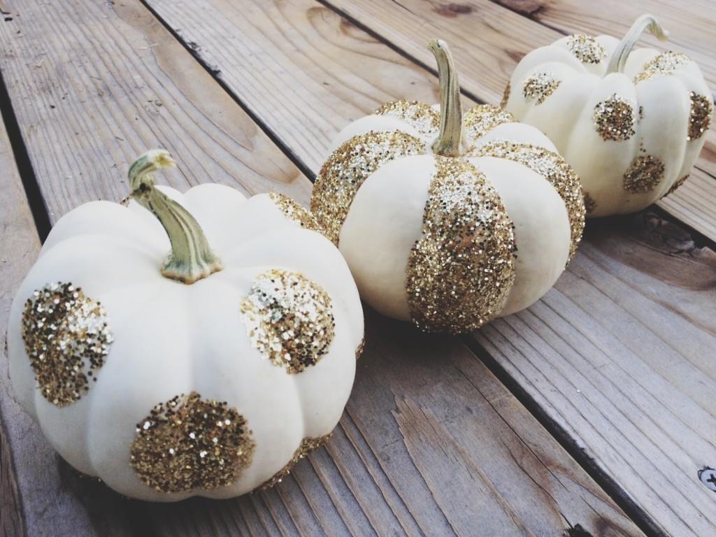glittered-pumpkins-by-yesterdays-sweetheart-via-kishani-perera-blog