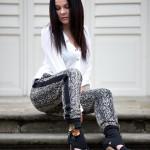 Body, spodnie dresowe , szpilki – classic